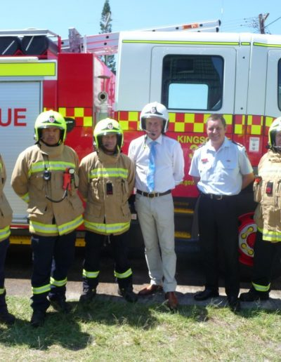 Great to cath up with the crew at Kingscliff and Superintendent Greg Lewis to handover the new state of the art fire helmets
