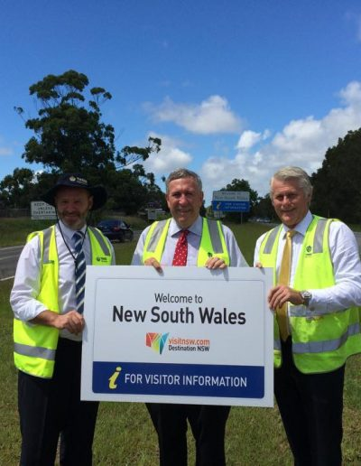 Here with Minister for Roads and Freight and Minister for the North Coast Duncan Gay, TSC Mayor Gary Bagnall displaying the new welcome to NSW signs