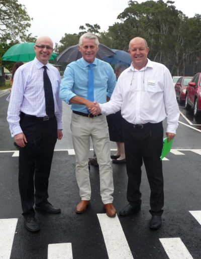 Here with Tweed Shire Council General Manager, Troy Green and Professionals Real Estate Licensee Roger McLeod at the Berkely Lane opening